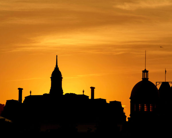 Canon 5D Mark iii with ef 50mm 1.8 - Sunset at the Bonsecours Market in the Old Port of Montreal