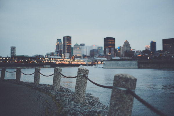 Canon 5D Mark iii with ef 50mm 1.8 - Downtown Montreal cityscape night photography