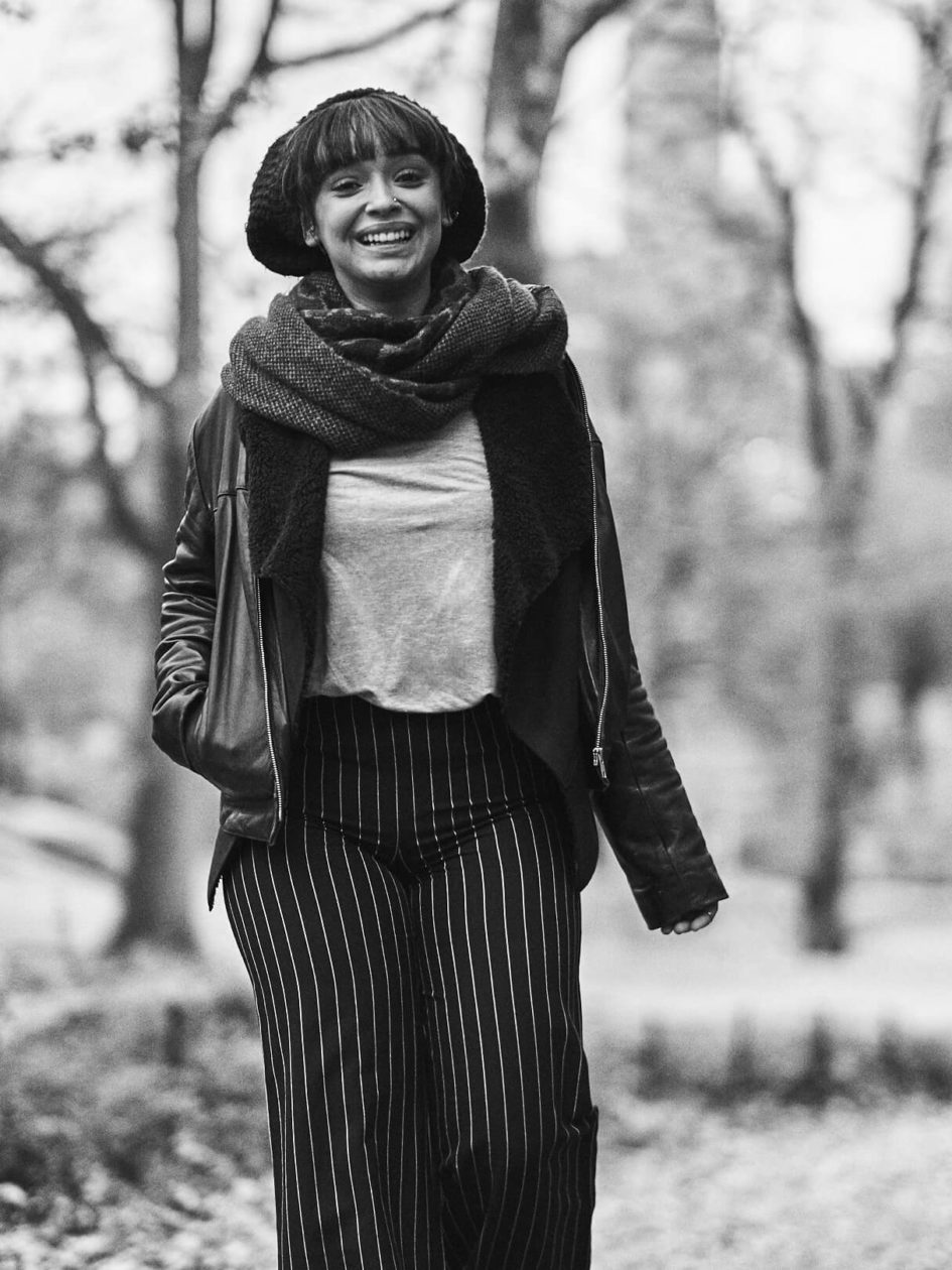 Fuji X Pro2 with xf 56mm f1.2 - Black and White Photography Storytelling - Women's fashion portrait photography in Central Park New York - Model: Lulu
