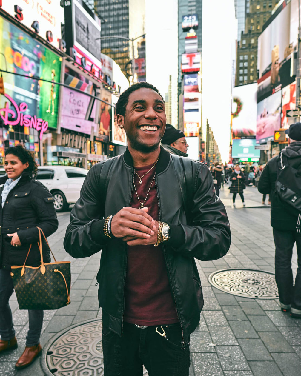 Fuji X Pro2 with xf 16mm f1.4 - Fashion lifestyle photography around New York City Time Square - Model: Bryan