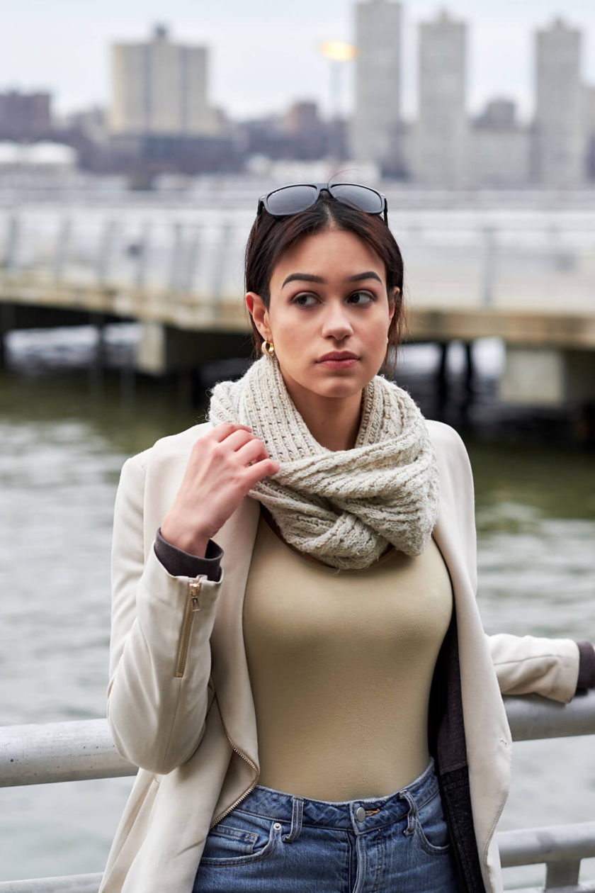 Fuji X Pro2 with xf 56mm f1.2 - Portrait Lifestyle Photography with fashion model Desiree at New York Riverside Park