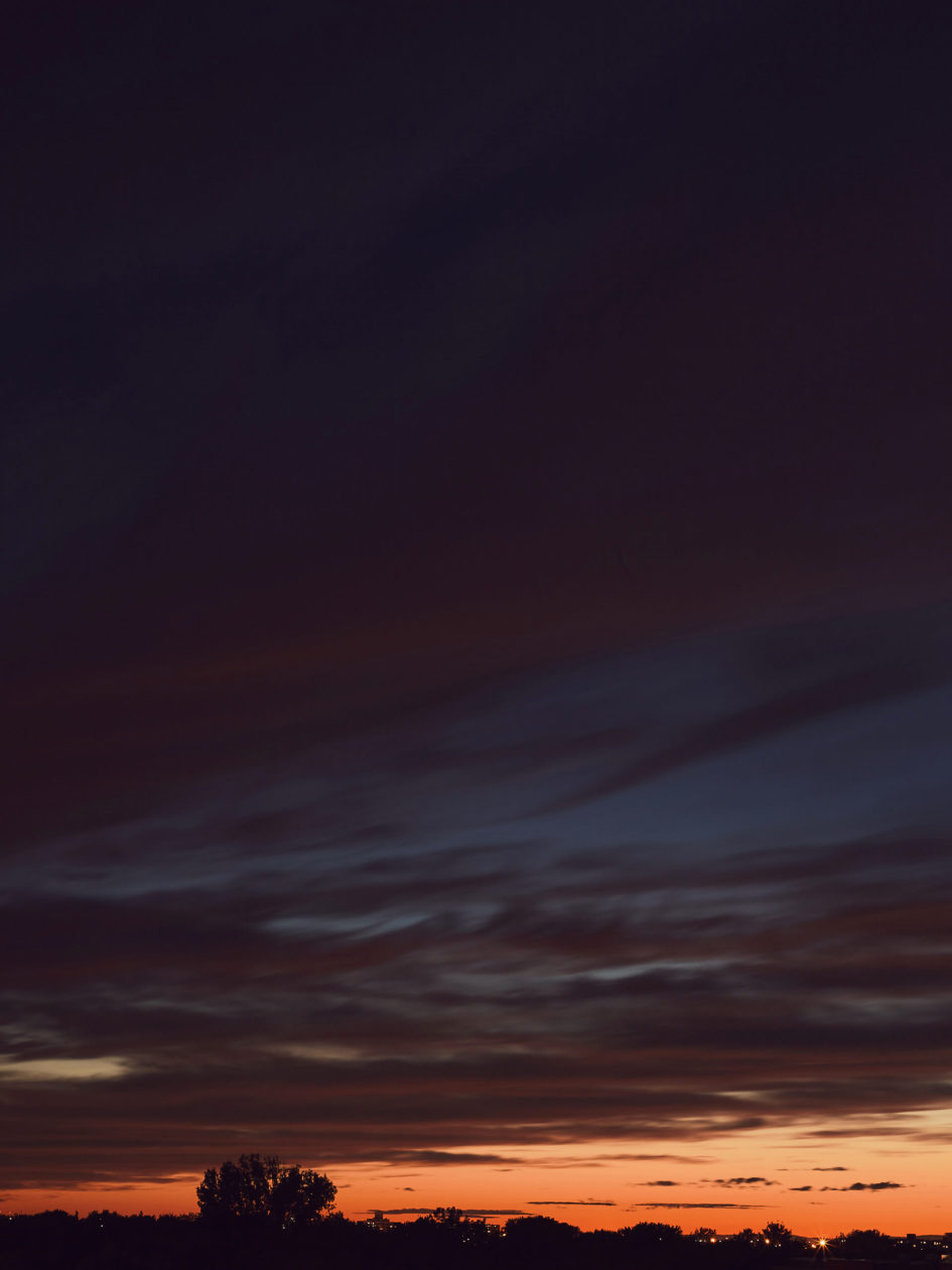 Canon 5D Mark iii with 50mm 1.8 - Sunset on Balcony in Montreal