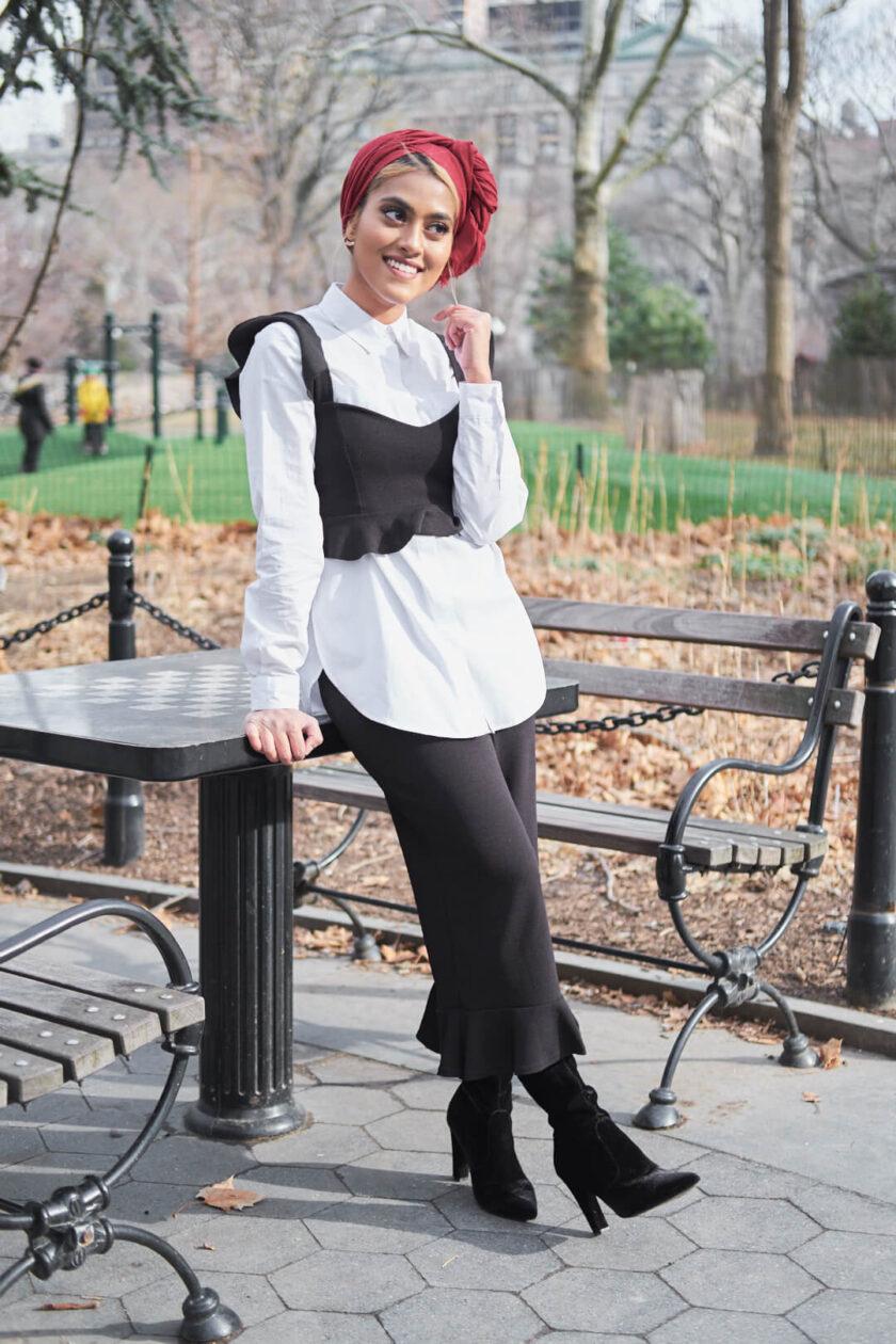 Fuji X Pro2 with Fujinon xf 35mm f2 - Portrait Desi Fashion Fusion Photography in Washington Square Park, New York with model Syeda