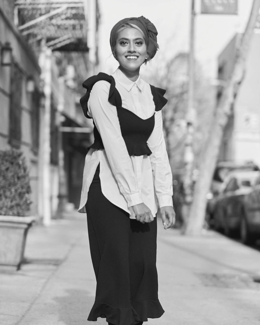 Fuji X Pro2 with xf 56mm f1.2 - Black and White Portrait Desi Fashion Fusion Photography in Washington Square Park, New York with model Syeda
